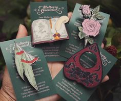Cute things I sent to #omniavanitasevent : Market-exclusive book brooch Portraits and the Royal Cat Rose (2016) Planchette brooch and Eucalyptus Blossom from Gumnut Stamp series (2016) and more  The full accessory series for cats and gumnuts was scheduled for late 2016 but will arrive online early 2017 as I was sketching new things instead of assembling brooches . Thankyou for your patience I hope you will like the new items I made for you this year  #mulberrychronicles #vintageinspired…