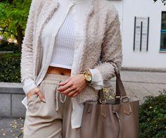 www.blonde-concept.com Pants by Zara, Blouse by Mango, Crop by Zara, Cardigan by H&M, Bag by Furla, Watch by Michael Kors #fashionblogger