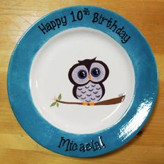 Owl plate created by staff at Color Me Mine Saucon Valley PA