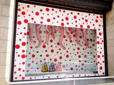 ルイ・ヴィトン-草間彌生、伊勢丹新宿店のディスプレイも。 |ippin_sarayaの投稿画像