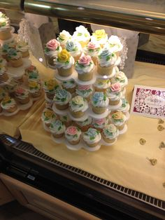 Tops Cupcakes