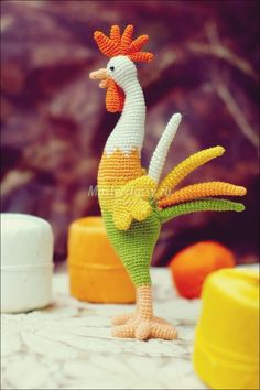 Amigurumi Gallo Crochet - Amigurumi X, Crochet Birds, Easter Crochet, Cute Crochet, Crochet Crafts, Crochet Projects, Amigurumi Doll Pattern, Crochet Amigurumi, Crochet Dolls, Crochet Mignon