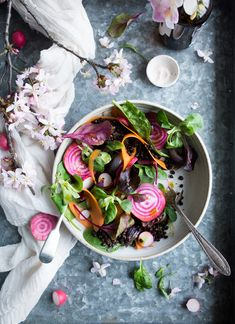Vegan lentil salad with roasted veg. This filling and protein rich vegan salad has a beautiful and easy to make masala dressing. Serve as a started or a main. Beet Recipes, Healthy Salad Recipes, Whole Food Recipes, Vegetarian Recipes, Healthy Food, Eating Healthy, Vegan Food, Vegan Soups, Vegan Meals