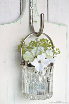 glass wall vase diy