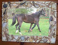 Knutselwerkje Lijst met schelpen Horses, Om, Anna, Animals, Animales, Animaux, Animal, Animais, Horse