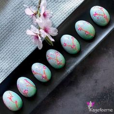 Easteregg bonbon - kind of cherry blossom