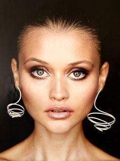 Sterling Silver, Asymmetrical Curly Earrings. Statement, Designer Earrings. Avant- Garde. Large earrings Hanging Necklaces, Earrings Photo, Wide Rings, How To Make Earrings, Designer Earrings, Statement Earrings, Silver Jewelry, Jewelry Design, Jewellery
