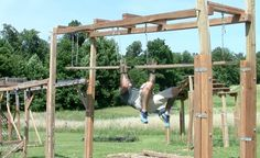 Had to elevate it because the original build was too short… Backyard Gym, Backyard Obstacle Course, Kids Obstacle Course, Backyard For Kids, Parkour Equipment, Outdoor Fitness Equipment, Outdoor Gym, Outdoor Workouts, American Ninja Warrior Obstacles