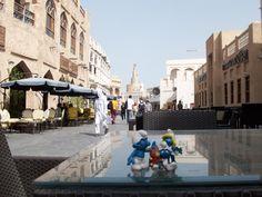 I Puffi al Suk Waqif di Doha, Qatar