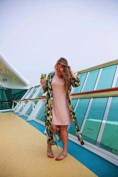 What to Pack for a Caribbean Cruise Are you heading to the Caribbean on a cruise? From outfits you'll need to sun care and motion sickness relief – these are the best things to pack for your Caribbean cruise! Top Cruise, Packing For A Cruise, Best Cruise, Cruise Travel, Cruise Vacation, Shopping Travel, Beach Travel, Packing Tips, Summer Cruise Outfits