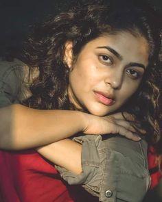 South Indian Actress Hot, Indian Actress Photos, Indian Bollywood Actress, Actress Pics, Indian Film Actress, Indian Actresses, Beautiful Lips, Beautiful Girl Indian, Beautiful Girl Image
