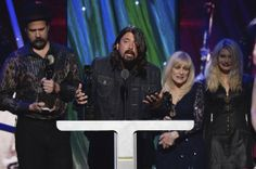 Read Nirvana's Rock and Roll Hall of Fame Acceptance Speech | Music News | Rolling Stone