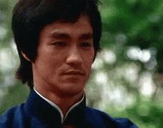 Respect Bow GIF - Respect Bow BruceLee - Discover & Share GIFs Bruce Lee Frases, Bruce Lee Quotes, Martial Arts Movies, Martial Artists, Bob Marley, Bruce Lee T Shirts, Bruce Lee Martial Arts, Brandon Lee, Enter The Dragon