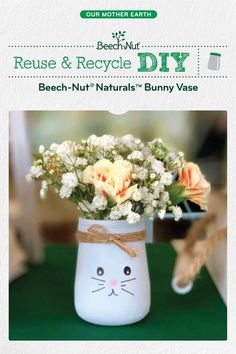 Planning a spring get-together? These bunny vases - made from glass baby food jars - are a cute centerpiece for your table! jar crafts for kids Baby Food Jar Crafts, Mason Jar Crafts, Baby Crafts, Toddler Crafts, Easter Crafts, Crafts For Kids, Baby Jars, Baby Food Jars, Food Baby