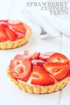Strawberry custard tarts recipe | @Delicious Everyday DeliciousEveryday.com