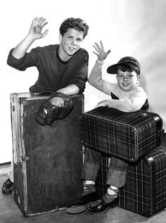 """Tony Dow as 'Wally Cleaver' & Jerry Mathers as 'Theodore """"Beaver"""" Cleaver' in Leave It to Beaver (1957-58 CBS & 1958-63 ABC)"""