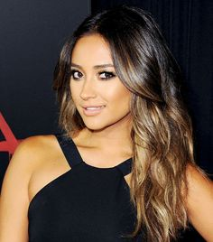 d0dfc30521 Fact  Shay Mitchell Has Amazing Hair