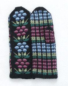 Kainuu Knit Cardigan, Finland, Mittens, Knits, Knitting, Crafts, Fingerless Mitts, Manualidades, Tricot