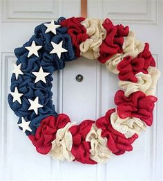 Patriotic Decorations: How to Make a Burlap Wreath. Bring a touch of Americana to your front door with these easy burlap summer wreaths ideas. Thanks Etsy owner for letting us share. wreaths patriotic crafts - Diy Crafts for The Home Burlap Crafts, Wreath Crafts, Diy Wreath, Diy And Crafts, Wreath Ideas, Burlap Wreaths, Mesh Wreaths, Wreath Making, Wreaths For Front Door