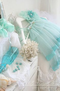 Turquoise, Aqua And Teal Azul Tiffany, Tiffany Blue, Turquoise Cottage, Green And Grey, Blue And White, Mint Blue, Aqua Color, Pretty Pastel, Shabby Chic Decor