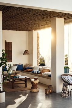 Carefree summer by the sea by H&M Home   PUFIK. Beautiful Interiors. Online Magazine