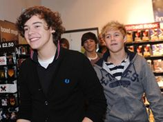 Hazza and Nialler in the One Direction store :)