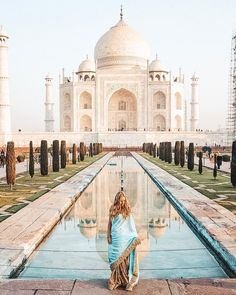 """41.2k Likes, 876 Comments - MADELEINE ✈️ (@pilotmadeleine) on Instagram: """"One of the most breath-taking and fascinating places I've been to this year: TAJ MAHAL  & INDIA …"""""""