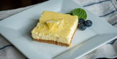 HEALTHIER LEMON CHEESECAKE BARS– I can assure you that these little beauties taste anything but healthy! We swapped in coconut oil, neufchâtel, and greek yogurt :) Lemon Desserts, Lemon Recipes, Just Desserts, Delicious Desserts, Dessert Recipes, Yummy Food, Healthier Desserts, Fruit Recipes, Lemon Cheesecake Bars