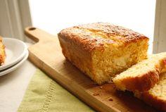 Es hora del postre. Disfruta un delicioso pan de elote Philadelphia, preparado con el incomparable sabor que nuestro Queso Crema tiene para ti.