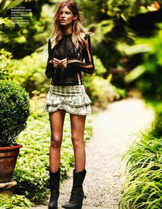 "Elle France July 2013, ""Plein Soleil"""