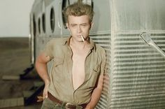 Image from http://i1.mirror.co.uk/incoming/article2084353.ece/ALTERNATES/s615/American-actor-James-Dean.jpg.