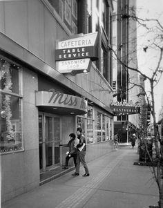 Miss Hullings 725 Olive St. Old Photos, Vintage Photos, Vintage Signs, St Louis Downtown, St Louis Restaurants, Vintage Restaurant, Shops, St Louis Mo, World's Fair