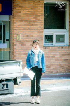 The Great Seducer (Tempted) Still Cut. Red Velvet Joy, Red Velvet Irene, Korea Fashion, Kpop Fashion, Airport Fashion Kpop, Stylish Outfits, Cool Outfits, Red Valvet, Velvet Fashion