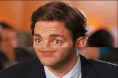 The bemused. | 14 Noseless GIFs That Will Haunt You