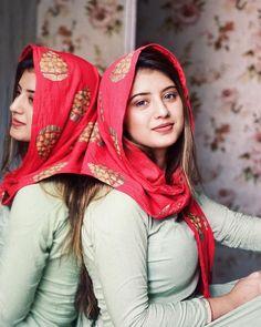Dehati Girl Photo, Girl Photo Poses, Girl Photography Poses, Girl Photos, Hd Photos, Beautiful Girl In India, Beautiful Muslim Women, Beautiful Girl Photo, Indian Photoshoot