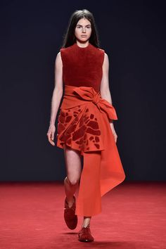 The Best Looks from the Couture Fall Winter 2015 Runway - Elle - Viktor & Rolf