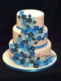 Gâteau de Mariage cascade de fleurs  Wedding cake