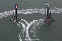 Great photograph of mark rounding split - can truly see the speed! #americascup