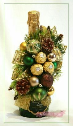 DIY Ferrero Rocher Gift Ideas – Edible Crafts This round up shows you creative ways to gift Ferrero Rocher chocolates. We have covered how to make trees, Christmas tree's cakes and even Ferrero Rocher Angels. Wine Bottle Gift, Wine Bottle Crafts, Wine Gifts, Christmas Wine, Christmas Candy, Diy Christmas Gifts, Christmas Trees, Reindeer Christmas, Christmas Stickers