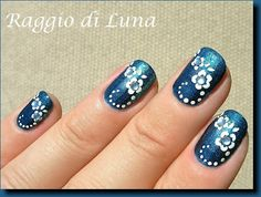 How does Raggio di Luna manage to make so many nail art designs that I end up pinning here? Simple elegance.