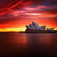 Sydney at the Golden Hour.  Photo by Noval Nugraha.