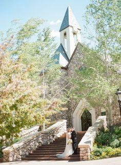 Chapel at Beaver Creek wedding | Beaver Creek wedding | Avon wedding | Rocky Mountain Bride