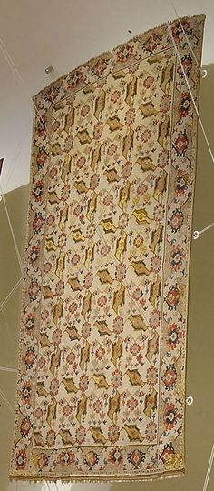 Ushak Bird rug, XVII century, Austrian Museum of Applied Art (MAK)