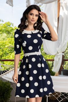 Fall Fashion Outfits, Autumn Fashion, Polka Dots, Classy, Shirt Dress, Black And White, Casual, Skirts, Floral