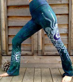 Batik pantalons de yoga  sarcelle et violet Om par Batikwalla