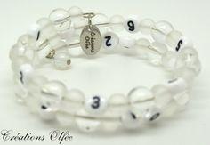 Bracelet d'allaitement OLFÉE  Blanc et givré par CreationsOlfee, $20.00