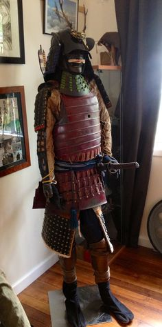 """Hybrid Samurai in my collection with Genuine Late Edo Period Kote, Sode, and Haidate armor. This is combined with O Yoroi """"Do"""" armor, Suneate, arrows and quiver from the movie """"Last Samurai"""" Samurai Armor, Armours, Edo Period, Quiver, Swords, Warfare, Warriors, Ninja, Weapons"""