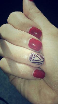 Nails deco... transcend triangle