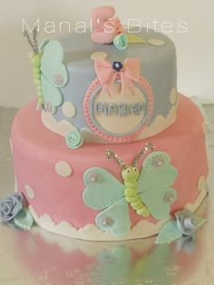 Cake butterfly. Little girl