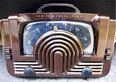 1942 Zenith 6-D-615 Radio https://apps.facebook.com/worldofmoon #ComixGame #Comics #Puzzle